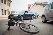 Accident entre une auto et un vélo © Stephan Wusowski