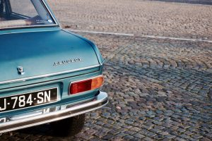 Voiture de collection (Peugeot) - Thibaut Nagorny