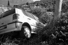 Véhicule accidenté © Karl Allen Lugmayer